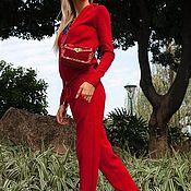 Одежда ручной работы. Ярмарка Мастеров - ручная работа Кашемировый костюм на молнии с капюшоном Красный. Handmade.