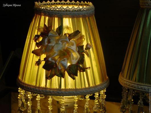 """Освещение ручной работы. Ярмарка Мастеров - ручная работа. Купить светильник вышитый лентами """"Яблоневый цвет"""". Handmade. Зеленый, торшер"""