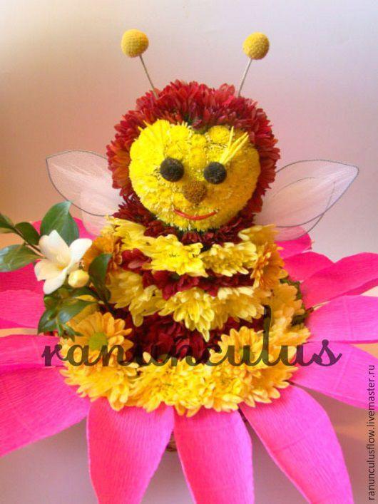 Букеты ручной работы. Ярмарка Мастеров - ручная работа. Купить Пчелка из цветов. Handmade. Желтый, Пчелка Майя, игрушки из цветов