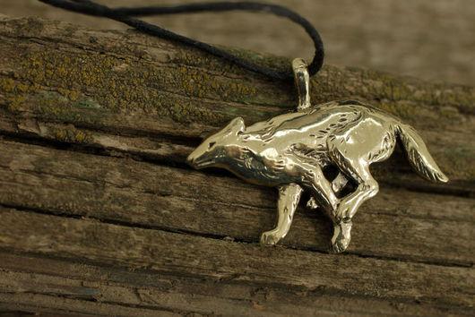 Волк, волк кулон купить украшение волки бронза подвеска с волком кулон авторские украшения подарок для мужчины фэнтези волк