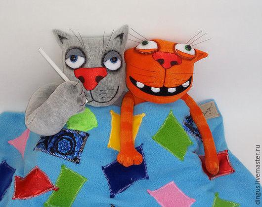 Игрушки животные, ручной работы. Ярмарка Мастеров - ручная работа. Купить Постельные коты. Handmade. Серый, ложкин, подарок семье
