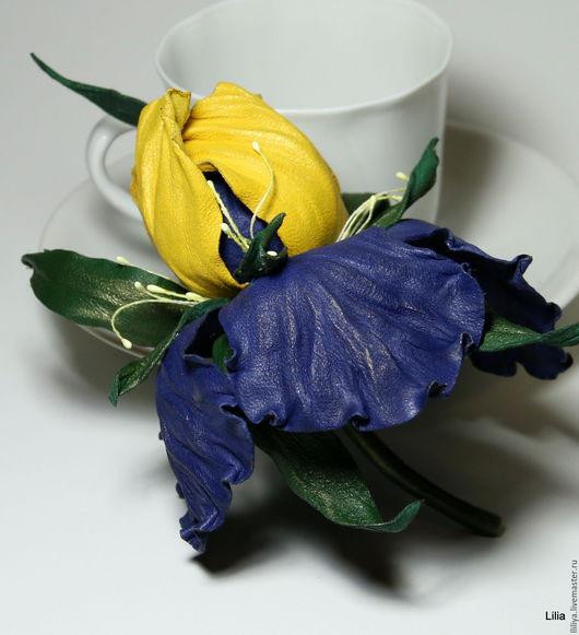 Цветы ручной работы. Ярмарка Мастеров - ручная работа. Купить Цветы из кожи. Брошь Ирис. Handmade. Тёмно-синий, цветы
