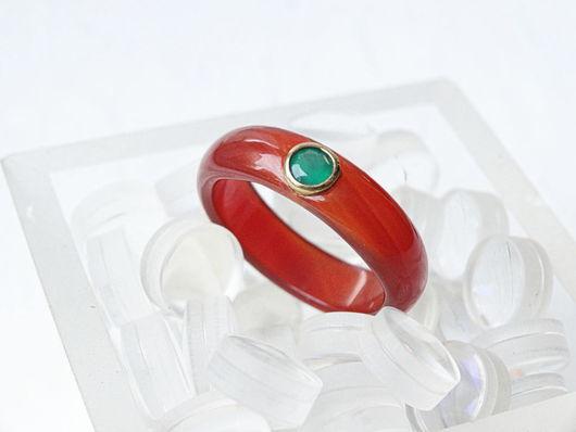 Кольца ручной работы. Ярмарка Мастеров - ручная работа. Купить Каменное кольцо из сердолика с зеленым агатом. Handmade. Рыжий
