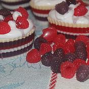 Мыло ручной работы. Ярмарка Мастеров - ручная работа Пироженое Сердечко ягодное (малина и ежевика). Handmade.