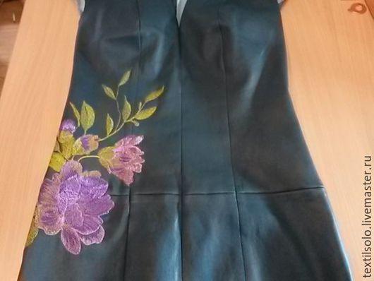 Платья ручной работы. Ярмарка Мастеров - ручная работа. Купить вышивка на платье. Handmade. Васильковый, вышивка на заказ, натуральная кожа