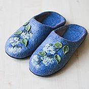 """Обувь ручной работы. Ярмарка Мастеров - ручная работа Валяные тапочки """"   Веточка  белой  гортензии"""". Handmade."""