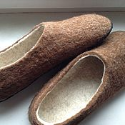 Обувь ручной работы. Ярмарка Мастеров - ручная работа Валяные тапки мужские Коричневые. Handmade.