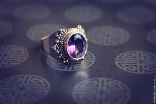 Кольца ручной работы. Ярмарка Мастеров - ручная работа. Купить Серебряное кольцо с  аметистом 925пр. Handmade. С натуральными камнями