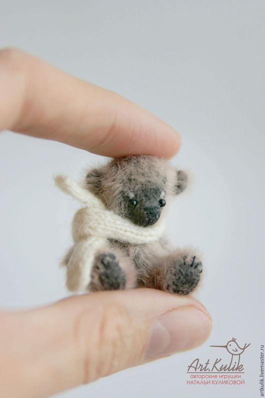 Мишки Тедди ручной работы. Ярмарка Мастеров - ручная работа. Купить Миниатюрный мишка - малышка Тим, 4 см. Handmade.