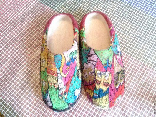 Обувь ручной работы. Ярмарка Мастеров - ручная работа. Купить Валяные тапочки.. Handmade. Ярко-красный, шерсть 100%
