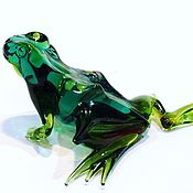 Куклы и игрушки handmade. Livemaster - original item Decorative Figurine made of colored glass Frog Snezhana wise. Handmade.