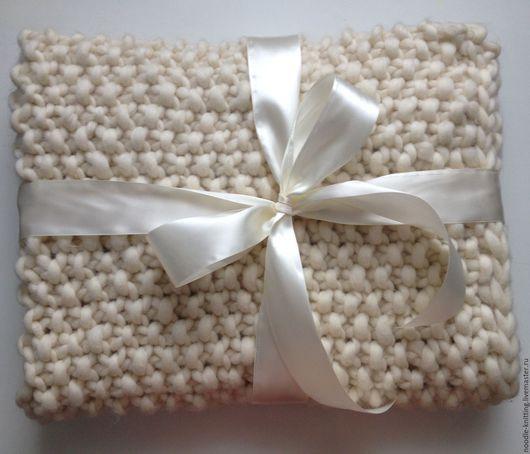 Пледы и одеяла ручной работы. Ярмарка Мастеров - ручная работа. Купить Плед из толстой пряжи. Handmade. Белый, плед для новорожденного