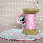 Куклы и игрушки ручной работы. Ярмарка Мастеров - ручная работа Мышка и игольница. Handmade.