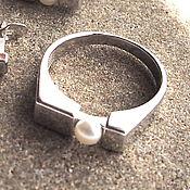 """Украшения ручной работы. Ярмарка Мастеров - ручная работа Серебряное кольцо """"gloss"""" натуральный жемчуг, родий. Handmade."""