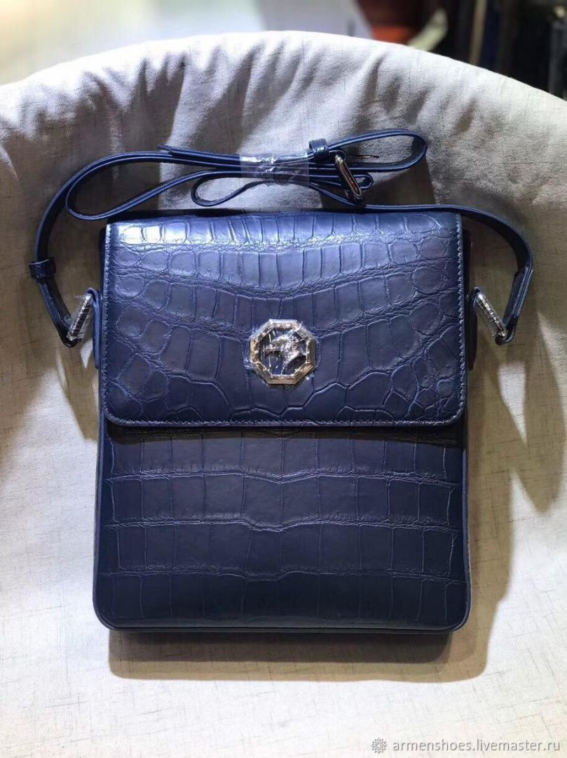 Messenger bag, for carrying over the shoulder, made of crocodile skin, Crossbody bag, Tosno,  Фото №1