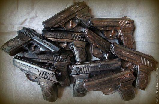 Мыло ручной работы. Ярмарка Мастеров - ручная работа. Купить Мыло Пистолет. Handmade. Черный, мыльный пистолет, сувенирное мыло