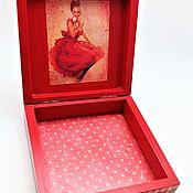 """Шкатулки ручной работы. Ярмарка Мастеров - ручная работа Шкатулка """"Женщина в красном"""". Handmade."""
