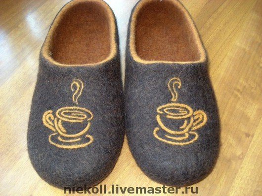 Обувь ручной работы. Ярмарка Мастеров - ручная работа. Купить Тапочки Утренний кофе. Handmade. Авторская работа