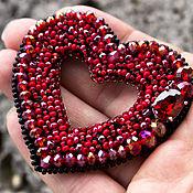 """Украшения ручной работы. Ярмарка Мастеров - ручная работа Брошь вышитая бисером """" Сердце"""" подарок девушке подарок подруге маме. Handmade."""
