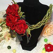 """Украшения ручной работы. Ярмарка Мастеров - ручная работа Валяное украшение """" Красные розы"""". Handmade."""