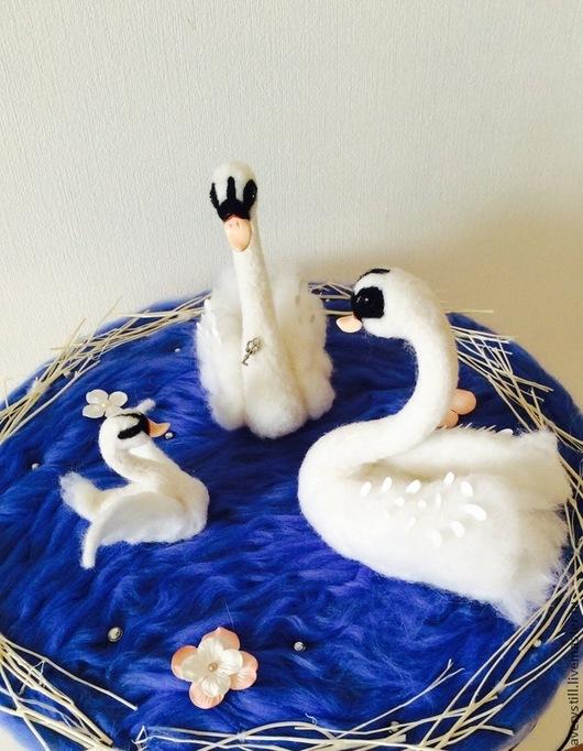 Подарки для влюбленных ручной работы. Ярмарка Мастеров - ручная работа. Купить Интерьерная композиция Лебединое озеро. Handmade. Белый