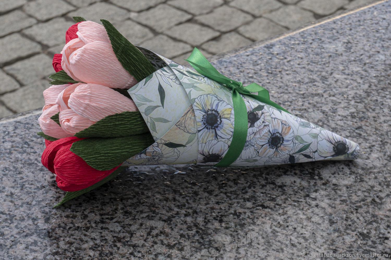 Креативные букеты из тюльпанов фото