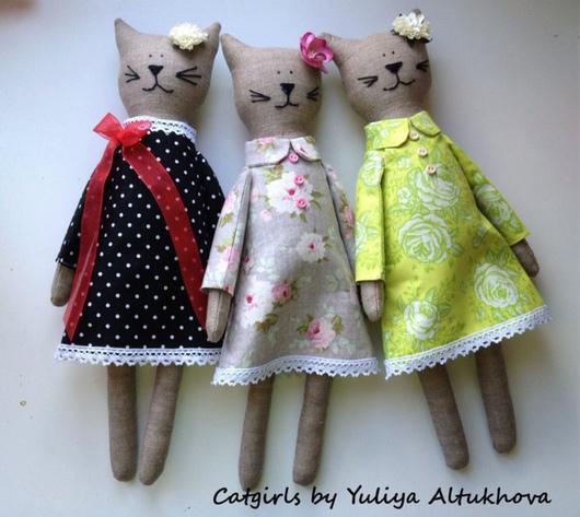 Игрушки животные, ручной работы. Ярмарка Мастеров - ручная работа. Купить Кошки-подружки. Handmade. Разноцветный, кошка, кошка в платье