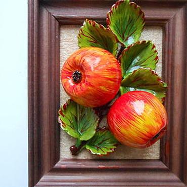 """Картины и панно ручной работы. Ярмарка Мастеров - ручная работа """"Яблоко """" панно, полимерная глина, картина. Handmade."""