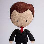 Куклы и игрушки ручной работы. Ярмарка Мастеров - ручная работа Майкрофт Холмс - кукла ручной работы по мотивам сериала Шерлок BBC. Handmade.