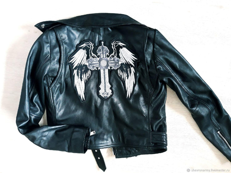 нашивка на спину куртки