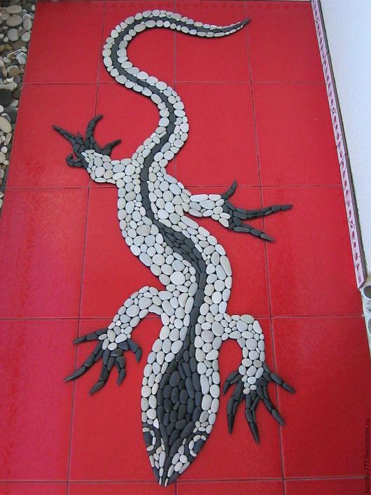 Каменный коврик `Ящерица` 73х150 см Цена 12000 руб.