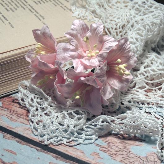 Открытки и скрапбукинг ручной работы. Ярмарка Мастеров - ручная работа. Купить Лилии бледно-розовые 5шт. Handmade. Бледно-розовый