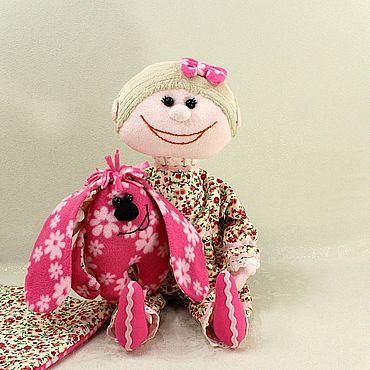 Куклы и игрушки ручной работы. Ярмарка Мастеров - ручная работа Текстильная кукла  для девочки. Игровая авторская оригинальная. Handmade.