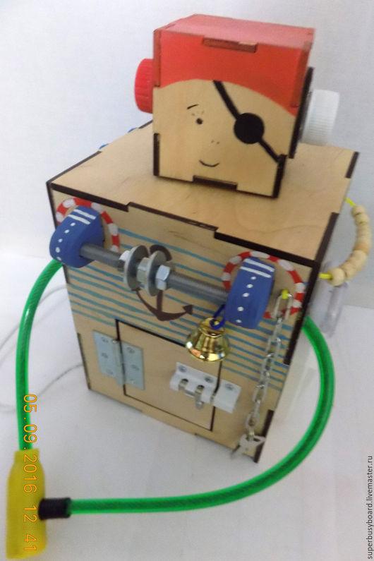 """Развивающие игрушки ручной работы. Ярмарка Мастеров - ручная работа. Купить Бизиборд """"Робот Пират"""". Handmade. Бизибокс, доска с замочками"""