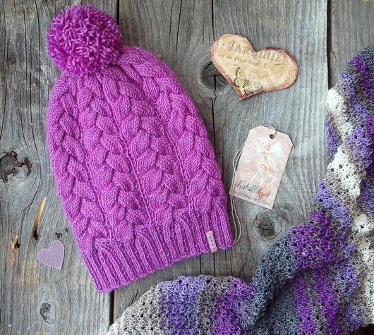 Шапки и шарфы ручной работы. Ярмарка Мастеров - ручная работа. Купить Вязаная шапочка с косами Брусника для девочки. Handmade.