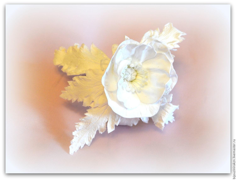 Браслет для невесты. Белый Мак с декоративными тычинками, листьями, Браслеты, Казань, Фото №1