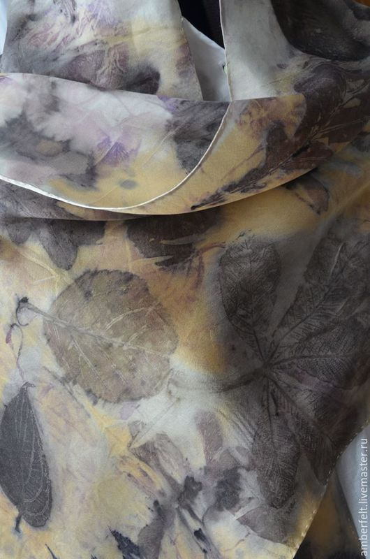 """Шарфы и шарфики ручной работы. Ярмарка Мастеров - ручная работа. Купить Шелковый шарф """"Шелкографика"""", в эко стиле.. Handmade. Комбинированный"""