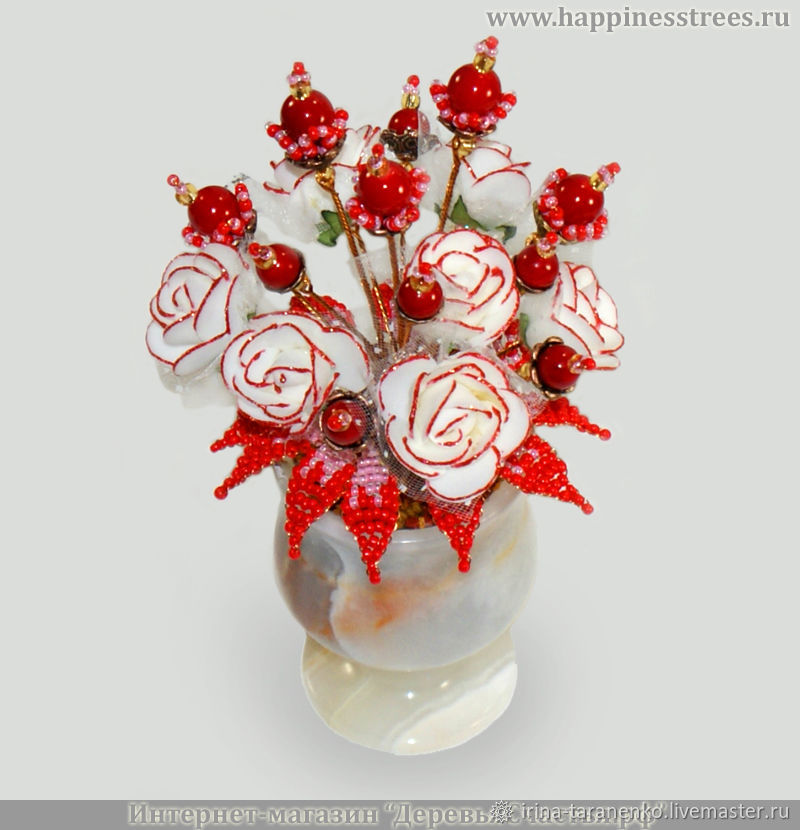 The flowers of the coral `coral wonder`