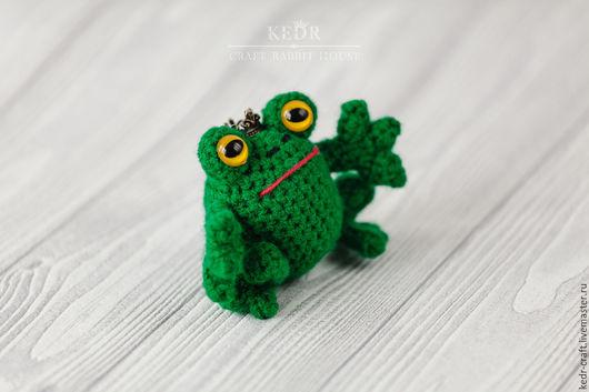 """Игрушки животные, ручной работы. Ярмарка Мастеров - ручная работа. Купить лягушка """"Тиаман"""" зеленая вязаная мягкая игрушка. Handmade."""