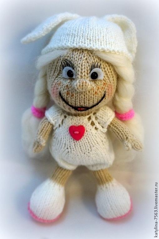 Сказочные персонажи ручной работы. Ярмарка Мастеров - ручная работа. Купить Кукла в костюме зайчика. Handmade. Разноцветный, кукла в подарок