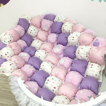 Текстиль ручной работы. Ярмарка Мастеров - ручная работа Сиренево-розовое бомбон одеяло «На воздушном шаре». Handmade.