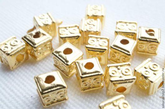 """Для украшений ручной работы. Ярмарка Мастеров - ручная работа. Купить Бусина квадратная """"Инки"""" цвет золото 5х5мм. Handmade."""
