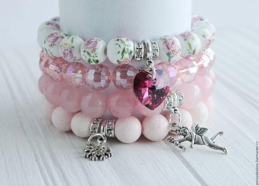 """Браслеты ручной работы. Ярмарка Мастеров - ручная работа. Купить Комплект браслетов """"Розовое сердце"""". Handmade. Бледно-розовый, кварц"""