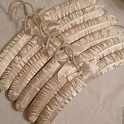 """Винтаж ручной работы. Ярмарка Мастеров - ручная работа Вешалки-плечики """"Ivory"""", набор из 2шт. Handmade."""