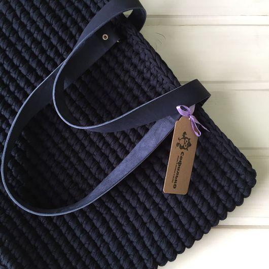 Женские сумки ручной работы. Ярмарка Мастеров - ручная работа. Купить Вязаная сумка с подкладом и кожаными ручками. Handmade.