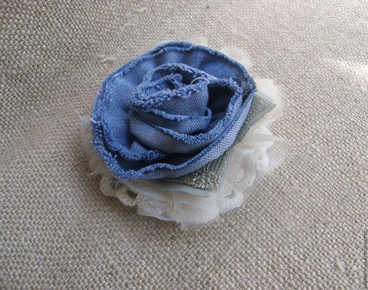 """Броши ручной работы. Ярмарка Мастеров - ручная работа. Купить Брошь """"Джинсовая роза"""" в стиле бохо (скидка 25%). Handmade."""