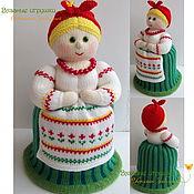 """Для дома и интерьера ручной работы. Ярмарка Мастеров - ручная работа """"Дуняша"""" вязаная кукла-грелка для чайника. Handmade."""