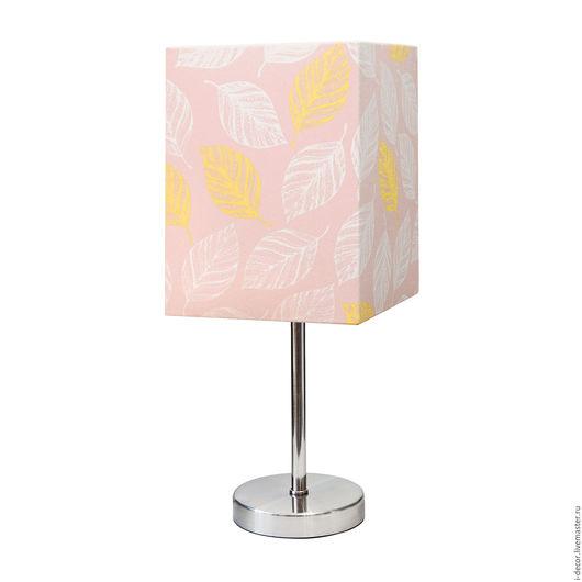 Настольная лампа из коллекции Стебель. Весенний ромб.