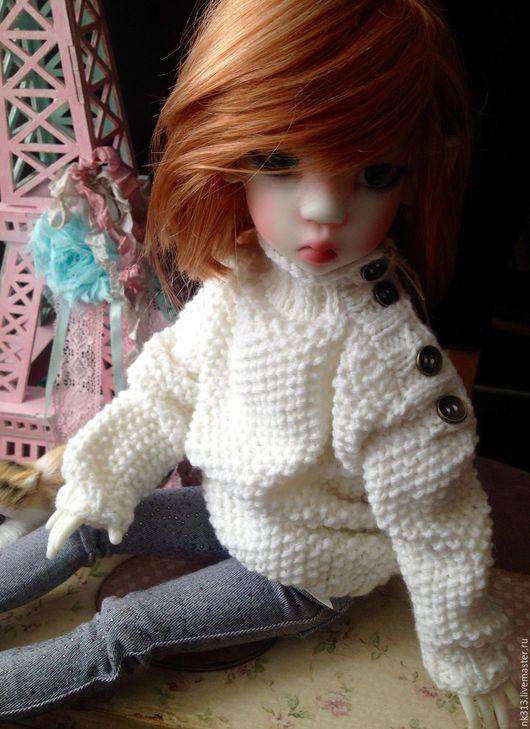 """Одежда для кукол ручной работы. Ярмарка Мастеров - ручная работа. Купить Свитер """"Бойфренда"""". Одежда для кукол. Handmade. Белый, пряжа"""