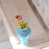 Ранункулюсы в масштабе 1 к 12 сложной расцветки